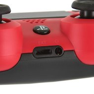 Фото SONY Dualshock 4 Cont Magma Red v2/RUS (CUH-ZCT2E)