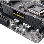 Фото Оперативная память Corsair CML8GX3M1A1600C10 RTL PC3-12800 DDR3 8Gb 1600MHz CL10