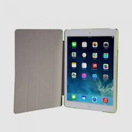 Фото Чехол для планшетного ПК IT BAGGAGE для iPad Air 9.7 hard case искус. кожа лайм с тонированной задней стенкой ITIPAD501-5