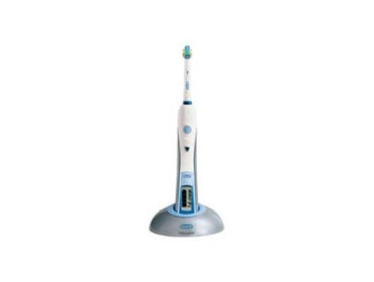 Зубные щетки электрические Oral-B Triumph з/щ (3738)