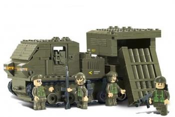 Конструктор SLUBAN38-B0303 Сухопутные войска. Самоходная установка с ракетным комплексом