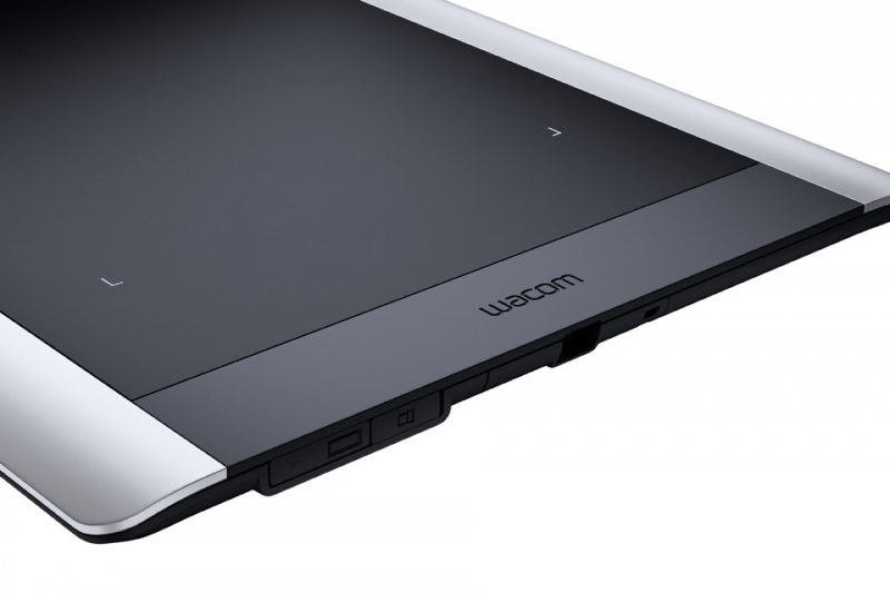 Фото Графический планшет Wacom Intuos Pro PTH-651S-RUPL