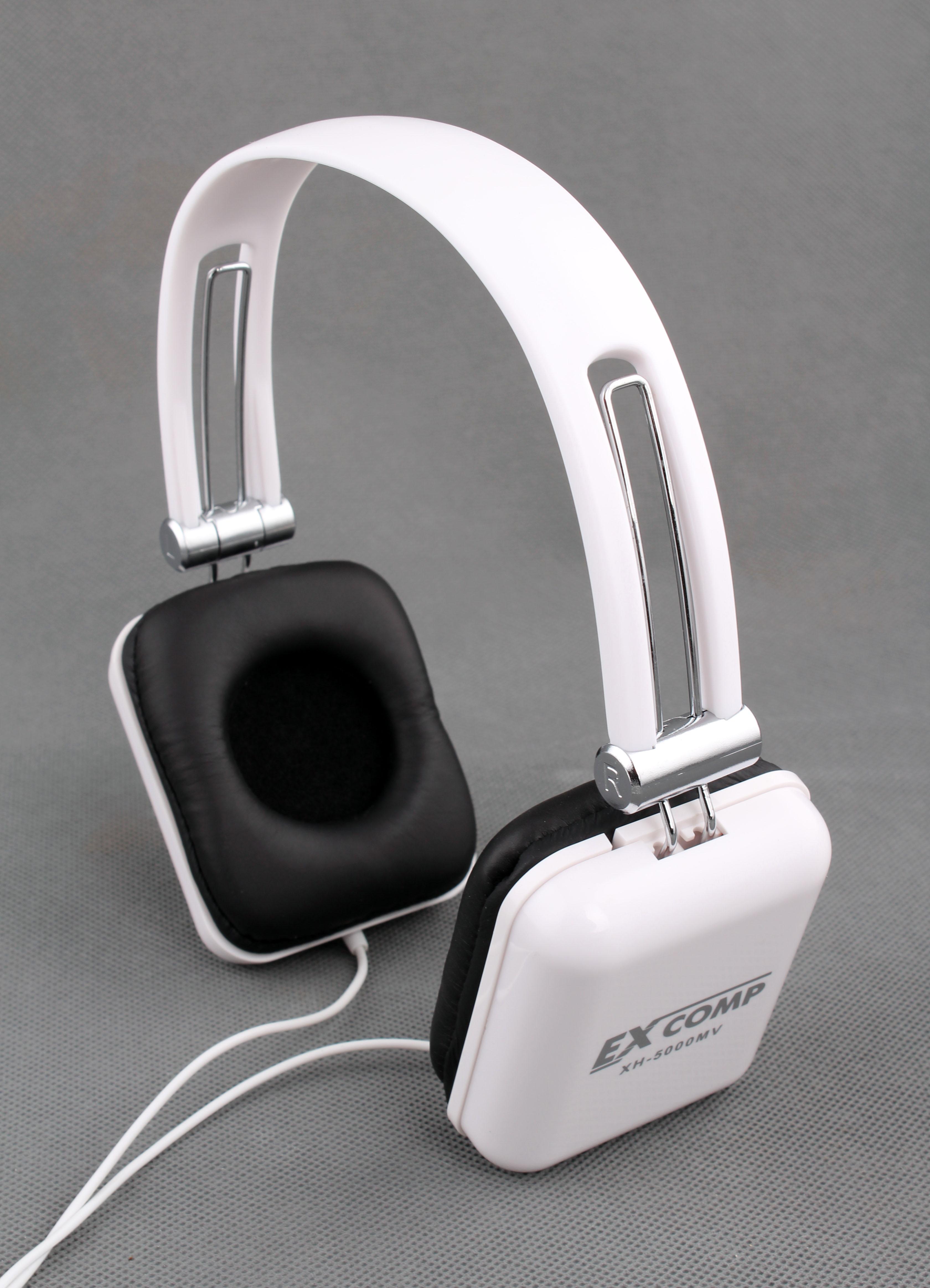 Наушники с микрофоном Excomp Real Brand Technics 399.000