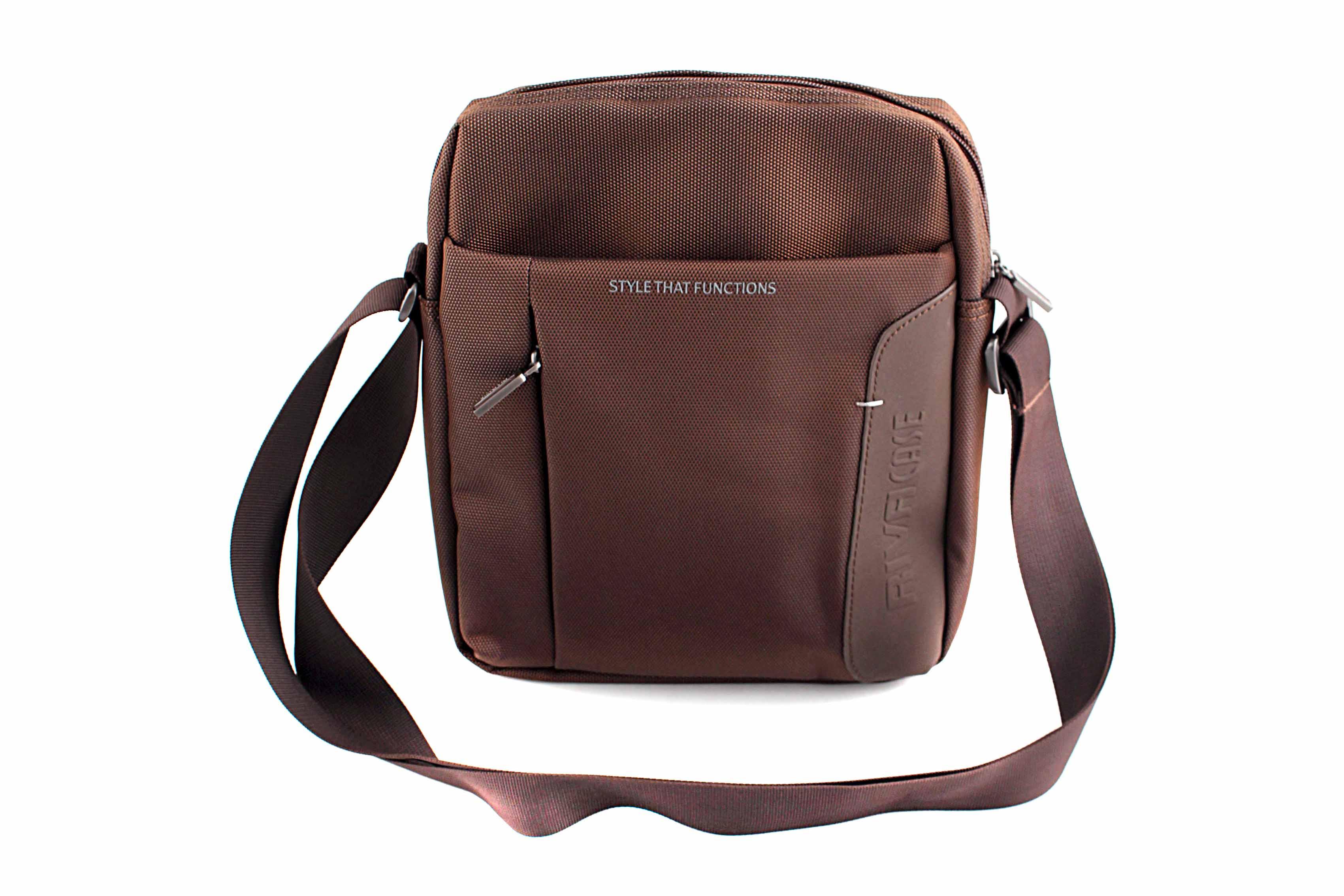 Кейс для ноутбука Riva case Real Brand Technics 903.000